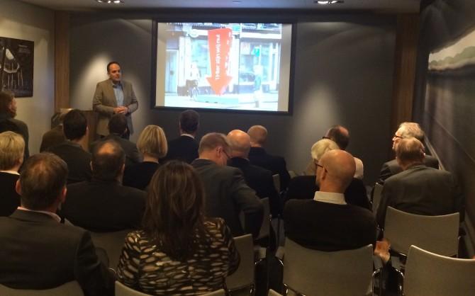 Alex Sheerazi  vertelt over aanpak communicatie en stakeholdermanagement bij project Noord/Zuidlijn.