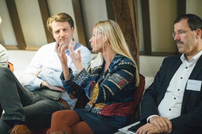 Omgevingsmanager Jacqueline te Lindert van Rijkswaterstaat deelt haar ervaringen bij het project Beatrixsluis. Foto door Nina Albada Jelgersma.